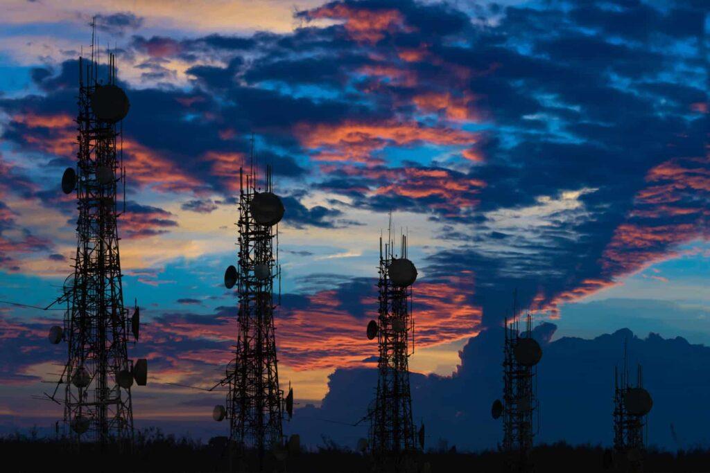 Altos costos inhiben licitación de espectro