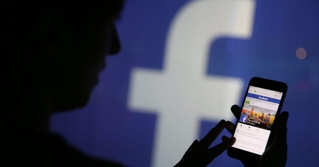 Exhiben a FB por daño social