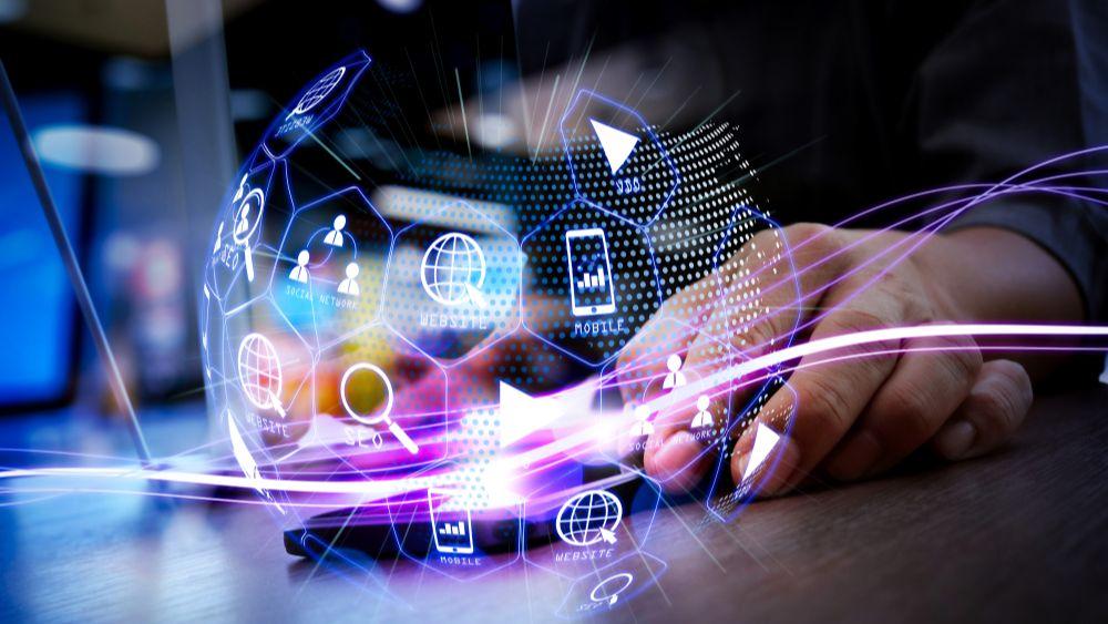 Usuarios contratan internet y otros servicios telecom, pero no saben qué características tienen